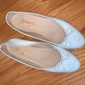 CHANEL Shoes - Chanel Flats🥿